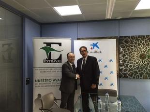 Extraval y CaixaBank firman un convenio por el que se pondr�n en circulaci�n 4 millones destinados a las Pymes