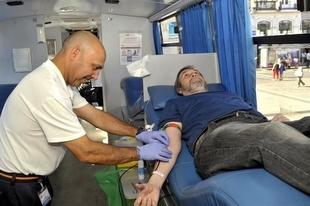 Los equipos del Banco de Sangre de Extremadura realizar�n en agosto 57 colectas por toda la regi�n